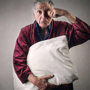 Porqué puede haber relación entre los trastornos del sueño y envejecimiento - HeelEspaña