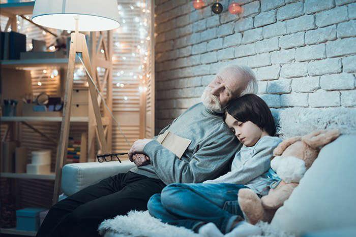 Cuál es la relación entre trastornos del sueño y envejecimiento - HeelEspaña