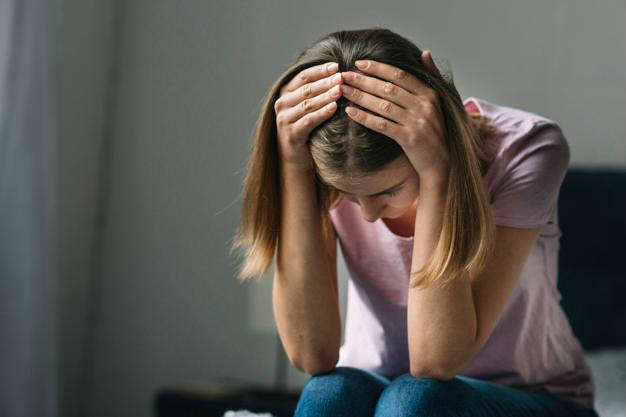 Las bacterias intestinales alteran la función intestinal y cerebral: mujer depresion - HeelEspaña