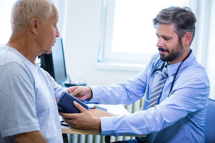 Evita la perjudicial relación entre tabaquismo y salud arterial