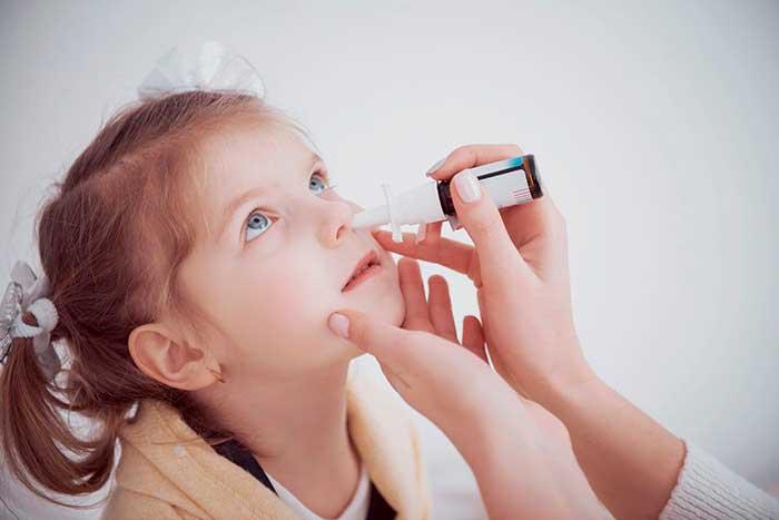 ¿Se puede utilizar el spray nasal en niños?